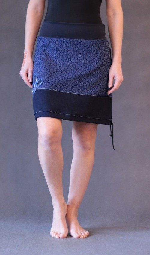 pretty nice 6a121 5ed07 Rock lang blau - Originale handgemachte Mode nach Maß