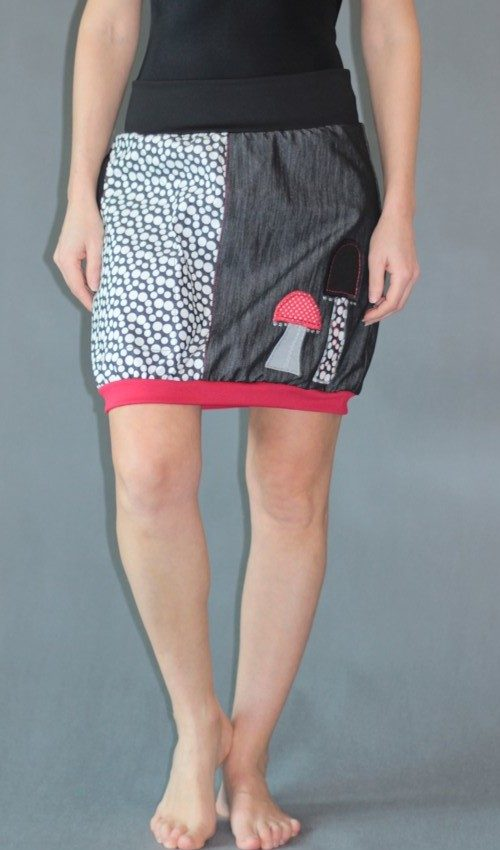 handgemachte Mode – LaJuPe - Damen Rock schwarz weiß