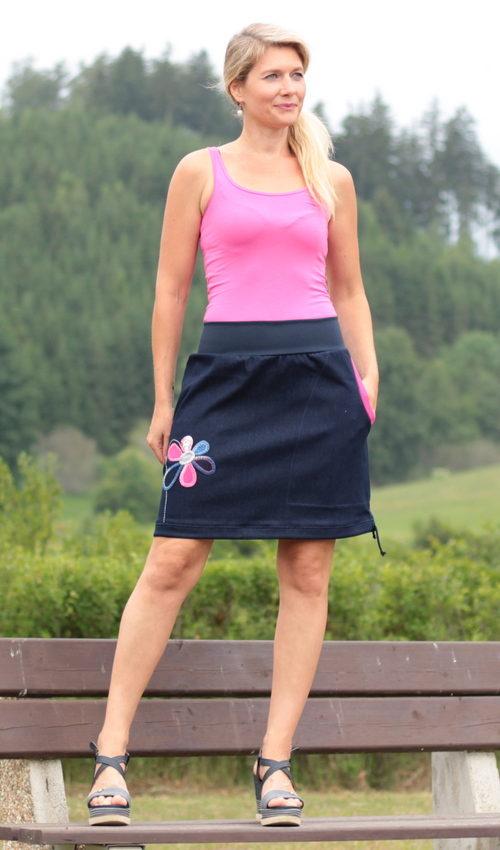 handgemachte Mode – LaJuPe - dunkelblauer Rock knielang