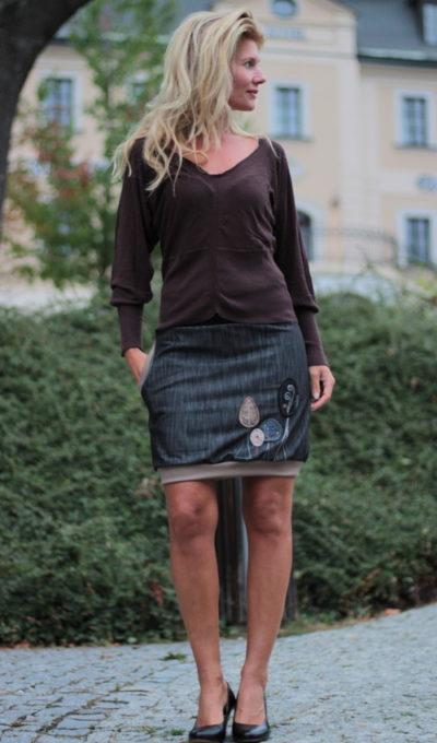 ce5ce86fb3188e Röcke für Damen- Seite 3 von 12 - Originale handgemachte Mode nach Maß