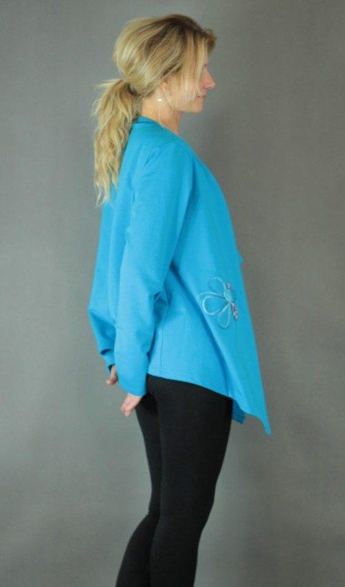 handgemachte Mode – LaJuPe - Strickjacke blau Damen