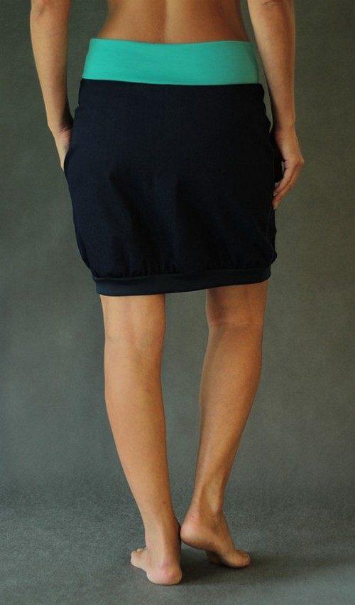 LaJuPe sukně riflová tmavomodrá áčková tyrkysový náplet motiv tyrkysové kulaté květiny s kapsou