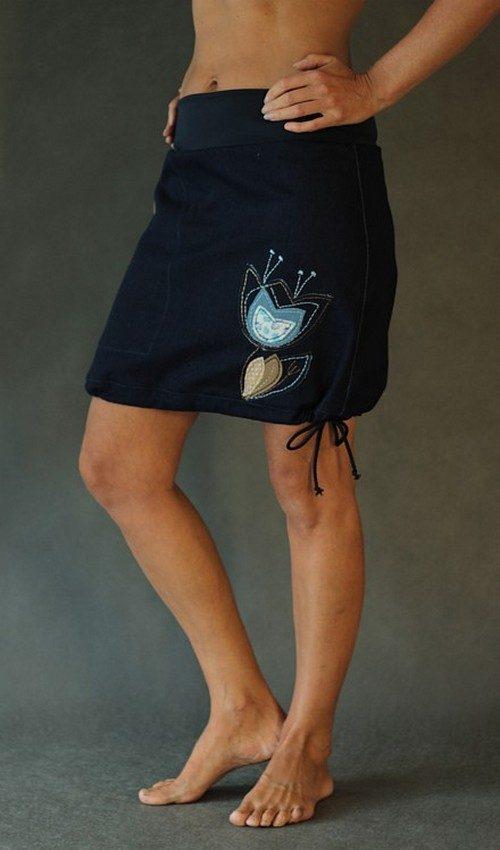 LaJuPe dámská džínová sukně tmavomodrá riflová áčková tmavomodrý náplet motiv tulipán šedý hnědý