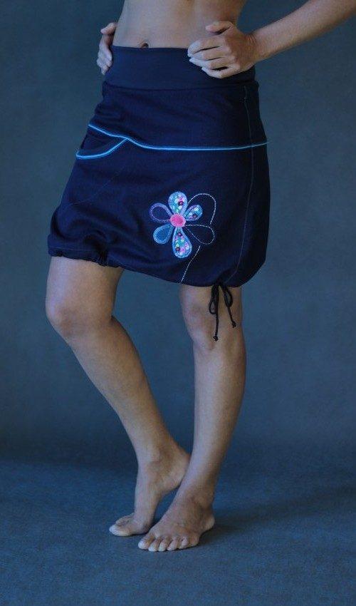 handgemachte Mode – LaJuPe - langer Rock dunkelblau