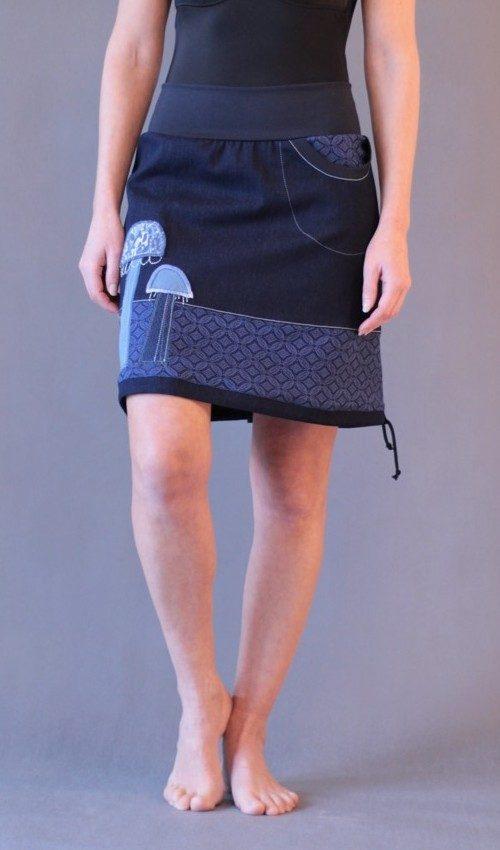 handgemachte Mode – LaJuPe - langer blauer Rock