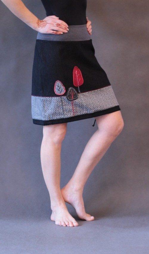handgemachte Mode – LaJuPe - rot schwarzer Rock