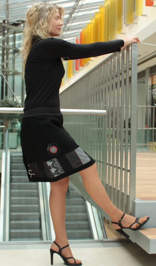 handgemachte Mode – LaJuPe - Rock schwarz kurz
