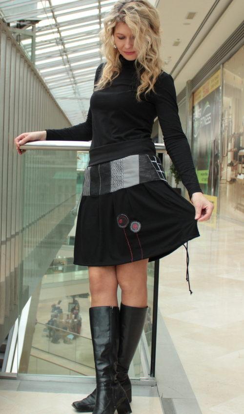 handgemachte Mode – LaJuPe - schwarzer weiter Rock