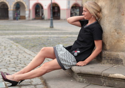 handgemachte Mode – LaJuPe Kleid weiß und schwarz