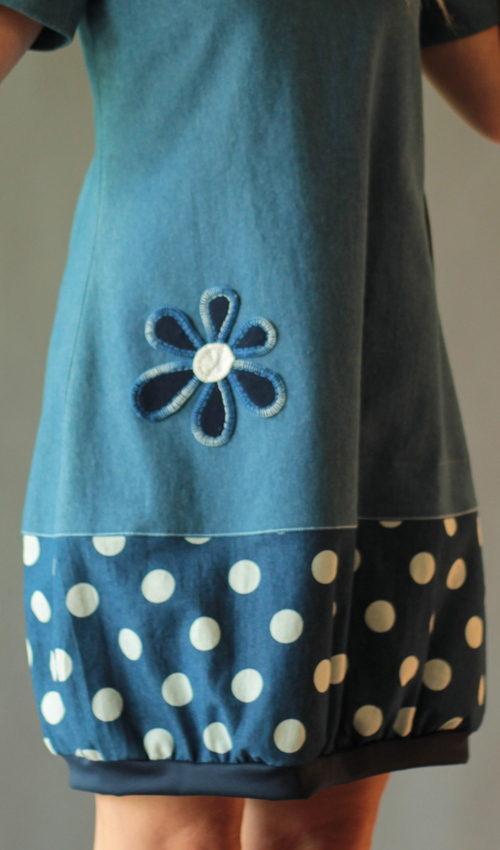 handgemachte Mode – LaJuPe Kleid Punkte blau