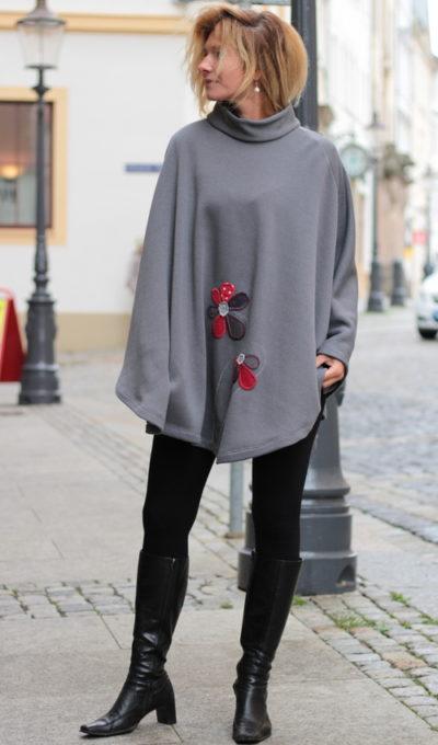 handgemachte Mode – LaJuPe - Strickponcho