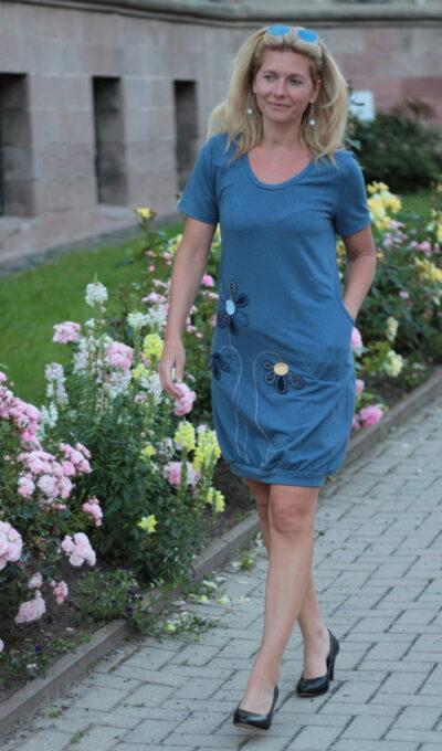 A Linien Kleid handgemachtemode.eu